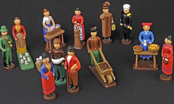 Kouzlo dřevěné lidové hračky